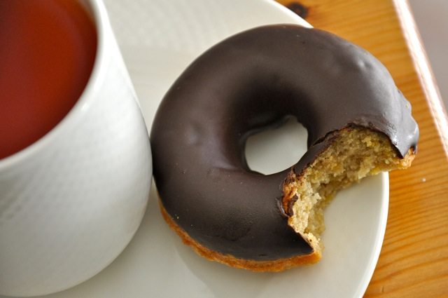 Real-Healthy-chocolate-glazed-donut