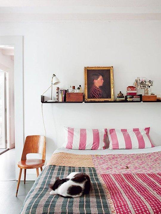 shelves-above-bed-1